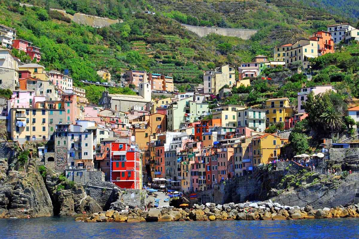 Riomaggiore Typical Ligurian house (code 187)